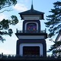 尾山神社 神門 四面五彩のギヤマン張り