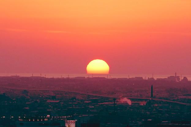 日本海に沈むだるま夕日(2)