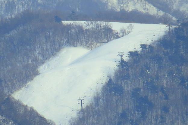 犀川から見える 医王山スキー場(1) リフト