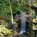兼六園 翠滝と海石塔(右)
