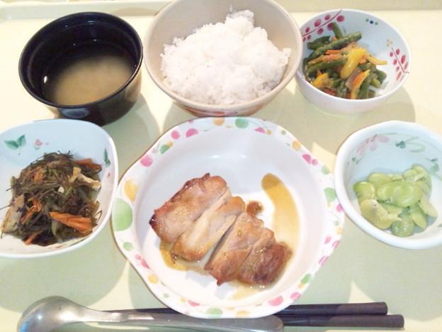 3月18日夕食(鶏肉の山椒焼き) #病院食