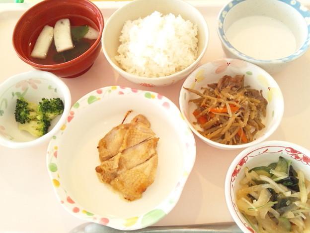 3月23日昼食(鶏肉のガーリック焼き) #病院食