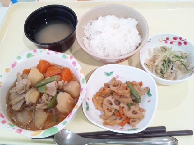 4月20日夕食(肉じゃが) #病院食