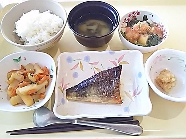 7月15日夕食(ほっけの塩焼き) #病院食