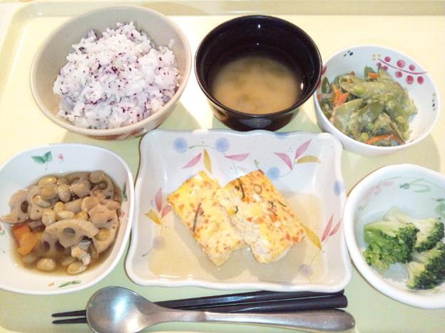 3月22日夕食(鮭と大葉の玉子焼き) #病院食