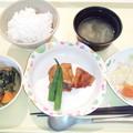 9月18日夕食(鶏肉のにんにく醤油焼き) #病院食