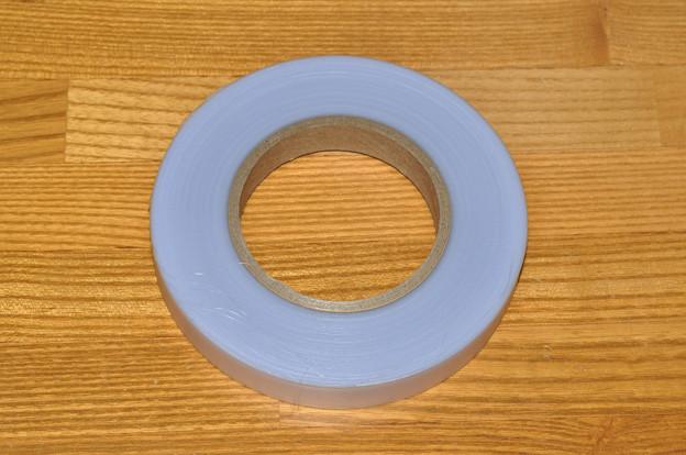 写真: 接木テープ
