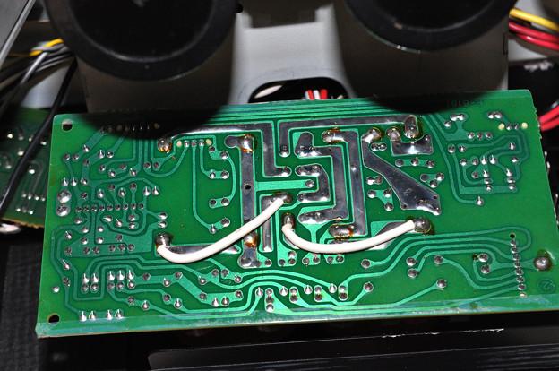 AU-a607NRA2スピーカー端子PCB