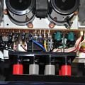 AU-a607NRA2スピーカー端子_1