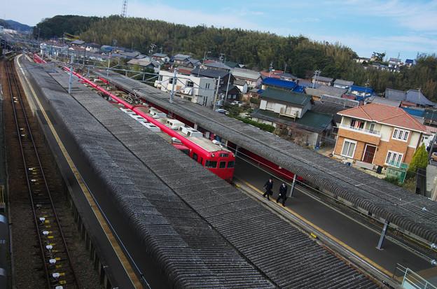 名鉄 河和駅