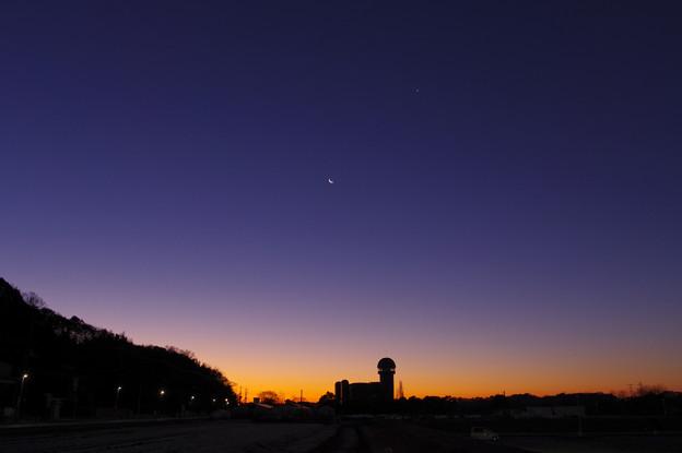 Photos: 金星と月と木星を見ながら