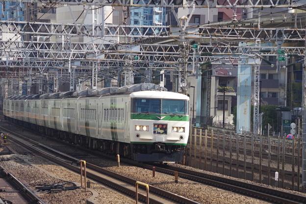 185系OM08編成+C2編成 (2)