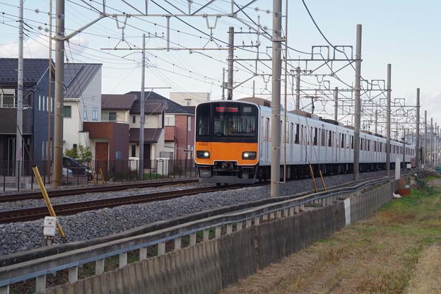 50050系21053編成 (1)
