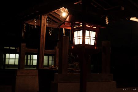 武蔵野神社_手水舎-5563