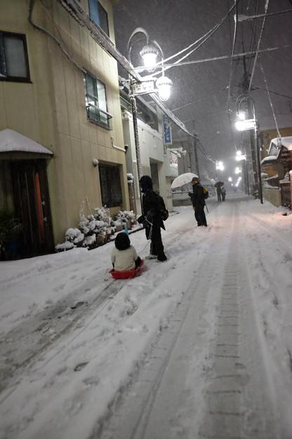 大雪_そり遊び-3975