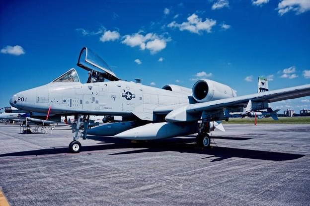 横田基地。。在韓米軍オーサン基地のA-10サンダーボルト戦闘攻撃機 9月19日
