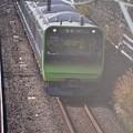撮って出し。。今日一日にだけの横須賀線を走る山手線新型車両E235系  東神奈川付近 11月29日