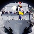 インド海軍サヒャドリの碇の穴から見てみた風景。。フランス海軍ヴァンデミエール 10月17日