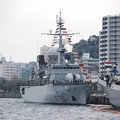 吉倉桟橋から見えるフランス海軍ヴァンデミエール。。観艦式前日一般公開10月17日