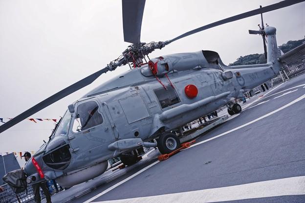 オーストラリア海軍スチュアートに搭載されていた対潜ヘリS-70B-2シーホーク。。観艦式前日一般公開