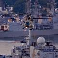 観艦式終えて。。お偉いさん乗せて上昇する航空自衛隊CH-47チヌーク。。10月18日