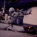 夕暮れの横須賀基地へ。。海上自衛隊ヘリ SH-60。。10月18日