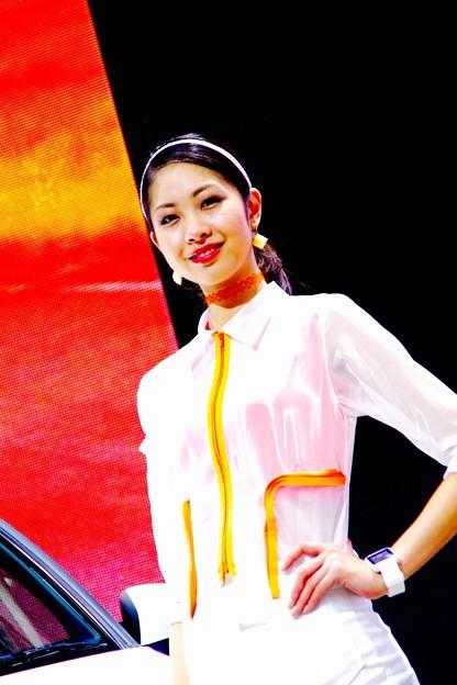 かっこよく車を彩るコンパニオンのお姉さん。。東京モーターショー2015 11月1日
