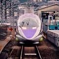 下りの博多行きエヴァ仕様小倉駅ホームへ進入。。20151121
