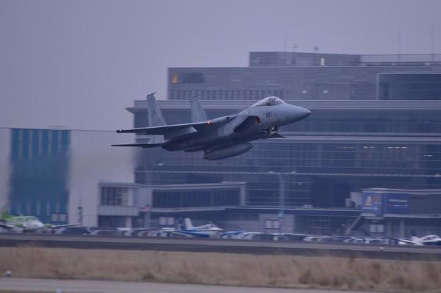 小牧基地オープンベース。。F-15 岐阜基地へテイクオフ 20150315