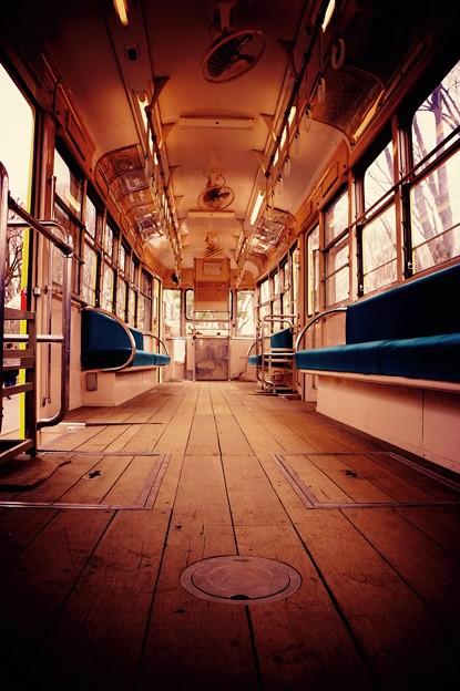 昔活躍していた都電7500形車内床は木造・・江戸東京たてもの園 20160313