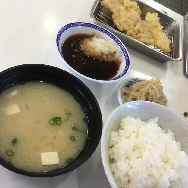 撮って出し。。天ぷらひらの福岡空港店揚げたての天ぷら定食 2月17日