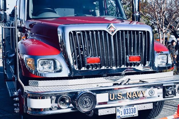 横浜消防出初式。。アメリカ海軍消防車 20180107