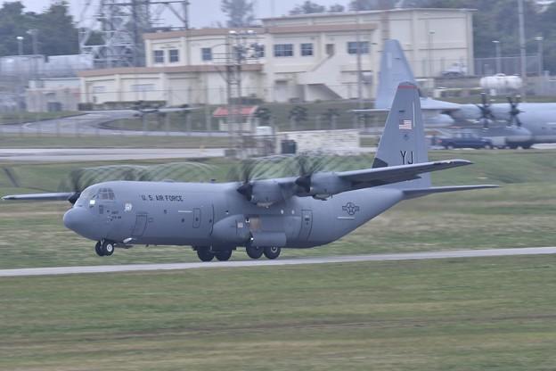 横田基地から来たC-130J。。1月8日