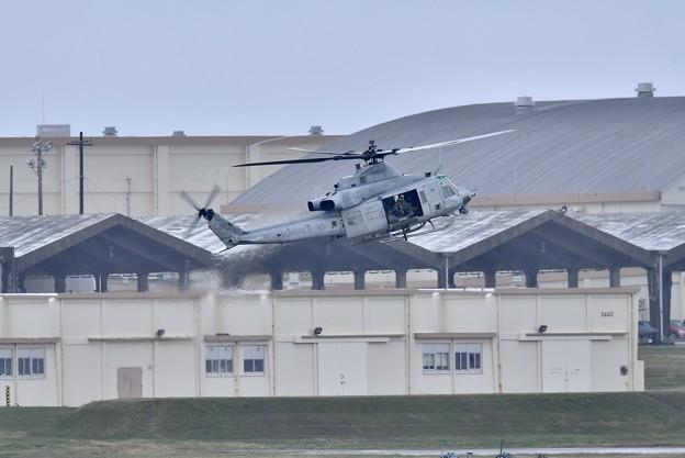 普天間から米海兵隊ヘリコプター UH-1Yヴェノム飛来 20180108