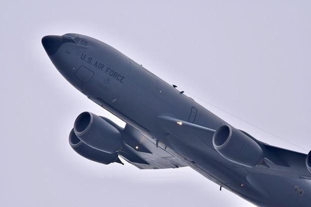 嘉手納基地の上がり。。どでかくテイク・オフKC-135(1) 20180109