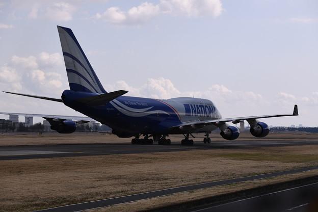 撮って出し。。横田基地 B747のNational間近で 3月11日