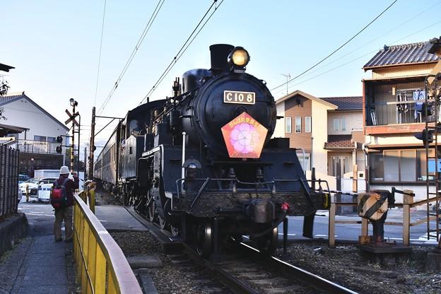 大井川鉄道新金谷駅。。夕暮れのSL転車作業風景(2) 20180120