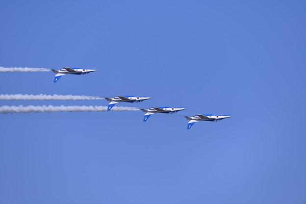 写真: 芦屋基地航空祭予行練習ブルーインパルスフォーシップインバート 20180217