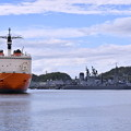写真: 撮って出し。。横須賀ヴェルニー公園へ昨日帰港した砕氷艦しらせ 4月15日