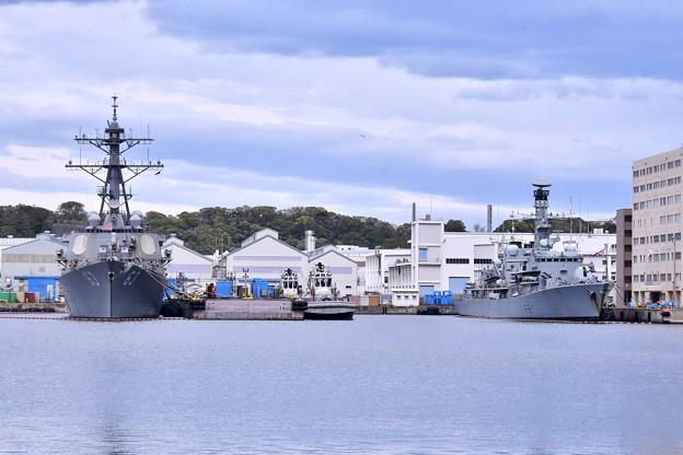 撮って出し。。横須賀ヴェルニー公園 11日寄港したイギリス海軍サザーランド 4月14日