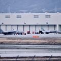 写真: 厚木基地から移動した艦載機たち。。タロン  20180219