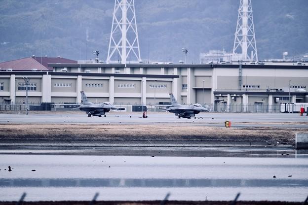 芦屋基地でフライトした三沢のF-16。。20180219