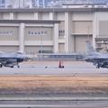 芦屋基地航空祭デモストレーションした三沢のF-16 飛ぶ待って 20180219