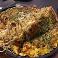 写真: 撮って出し。。やっぱり広島のお好み焼きは美味い(^^) 5月4日