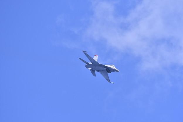 撮って出し。。岩国基地フレンドシップデー予行練習 三沢のF-16 デモ飛行 5月4日