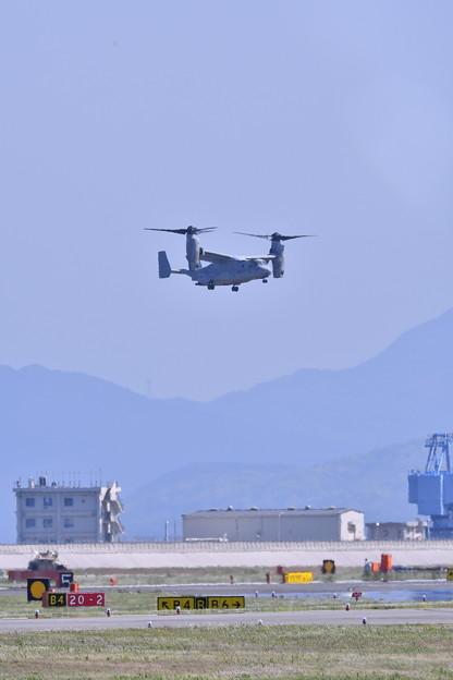 撮って出し。。MV-22オスプレーレベル3デモ飛行 5月4日