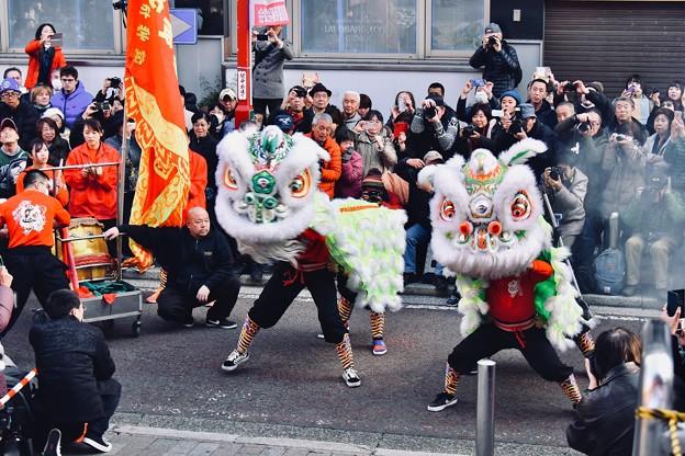 横浜中華街春節 祝舞遊行 縁起いい中国獅子舞 (1) 20180224