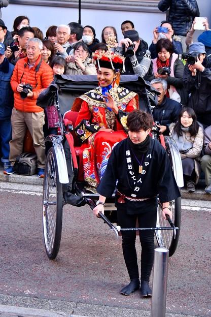 横浜中華街春節パレード祝舞遊行 女王様 20180224