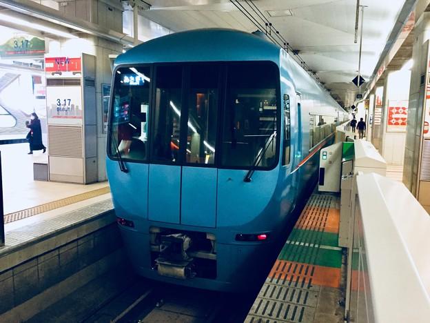 小田急新宿駅ロマンスカーホーム もうすぐなくなる愛称あさぎり号MSE  20180303