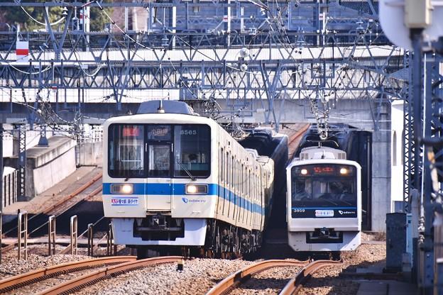 複々線区間の魅力。。並走して走る電車(^^) 20180304